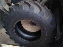 Wheels, tyres, twin wheels