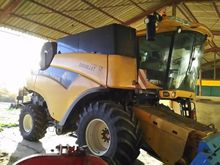 2011 New Holland CR 9070 Combin