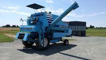 1980 Braud 650 Combine harveste