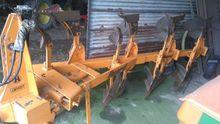 1990 Huard QR65T Plough