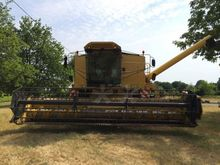 1991 New Holland TX 36 Combine