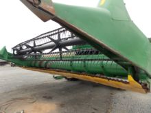 John Deere 930F Grain Head