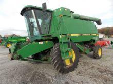 John Deere 9500 combine