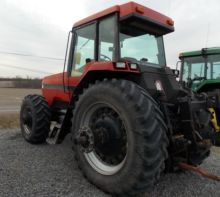 Case IH 7130 Tractor MFWD