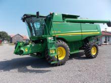 John Deere 9560 Sidehill Combin