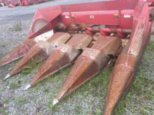 Case IH 943 Corn Head - 4 row n