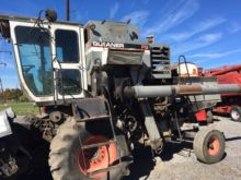 Used Gleaner F2 Comb
