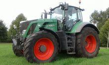 Fendt 828 Tractor