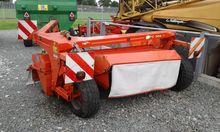 Kuhn FC302F trailed mower