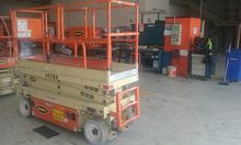 Used 2002 JLG 2033E3