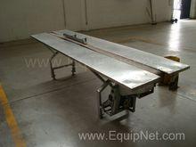 Table with 10.5x295 cm conveyor