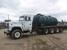 1993 Ford L9000 Quad Axle Tanke