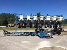 Used KINZE 3500 in P