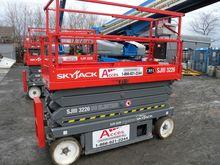 2013 SKYJACK SJ3226