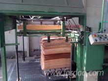 2006 COMAD s. l. Guillotine and