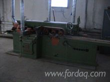 1970 HARBS Moulding Machine For