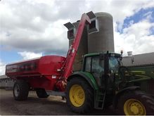 2016 HM 20/25 Feed wagon with 6