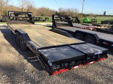 "2017 Load Trail 102"" x 26' Tand"