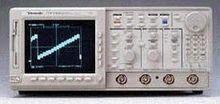 Tektronix TDS620 500 MHz to 900