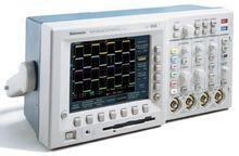 Tektronix TDS3052B 500 MHz to 9
