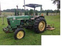 JOHN DEERE Model 1050 Tractors