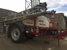 2013 INTRAC4036 TRAILED SPRAYER