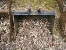 Used DIGGER BUCKET A