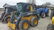 Used DEERE 328D in W