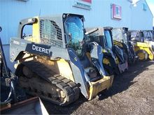 Used DEERE 333D in W