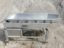 KMG vibratory feeder conveyor C
