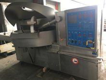 Alpina PBV330 Cutters and vacuu