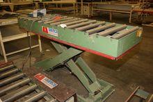 1992 Laweco Scissor lift table