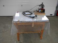 1999 Haug Ionizing table