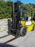 HALLA HDF 35 A Diesel forklift