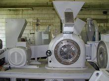 Fuchs MTS 40 pulverizer