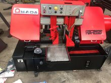 1982 AMADA HA 250 Band Saw Auto