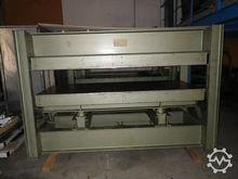 1973 Joos HP70 veneer press
