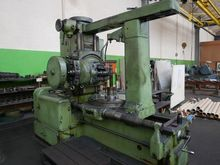 TOS FO-10 Gear Hobbing Machine