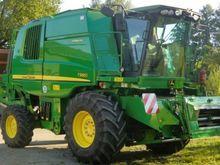 2012 John Deere T560i