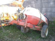 1990 Agro-Trend Trailed sprayer