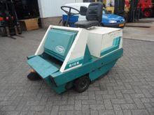 Used 1990 Tennant 21