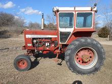 1970 Farmall 826 3687