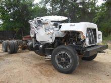 1988 Mack Trucks RD690S Dismant