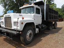 Used 1989 Mack Truck