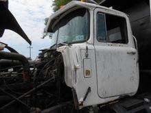 1989 Mack Trucks R688ST Parts