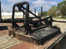 1995 BRUSH CUTTER TC2615
