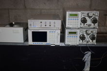 LOTS OF (5) SHIMADZU HPLC EQUIP