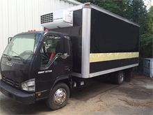 Used 2006 ISUZU NPR