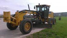 2010 John Deere 670G