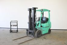 Used 2005 NISSAN PD0